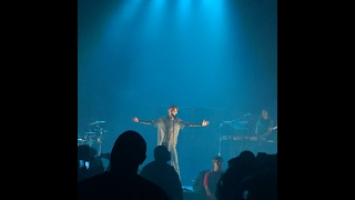 Troye Sivan- Blue(feat. Alex Hope) Suburbia Tour Live in LA