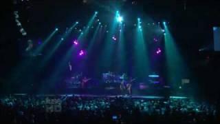 Eminem ft Rihanna - Love The Way You Lie  LIVE ON OPRAH