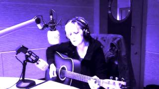 ASHES TO ASHES David Bowie's cover by Mercedes Ferrer live in R3