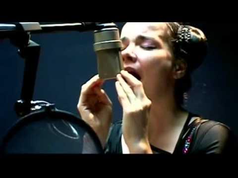 bjork-oceania-live-in-studio-widescreen-bjorksmusic