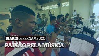 Educa PE - A paixão pela música leva família à escola