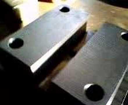 EMKA TEKNİK plastik ve metal enjeksiyon kalıpları CNC işleme