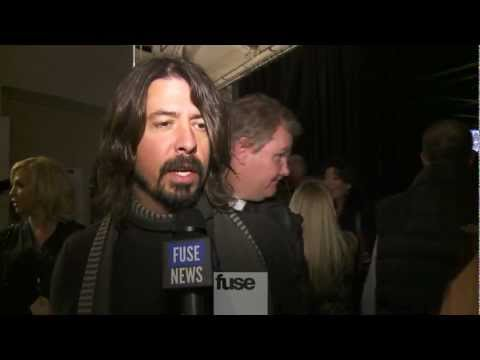 "Dave Grohl & Krist Novoselic on Playing with Paul McCartney - ""12-12-12"" Nirvana Reunion"