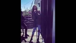 Maggie Lindemann -  Pretty Girl Live