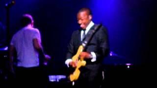 Robin Thicke - Cocaine (Live - Key Club L.A. 12-16-11).AVI