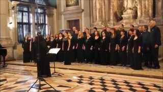 Wade In The Water - Amazing Gospel Choir