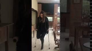 andando de muletas com robofoot sexy women