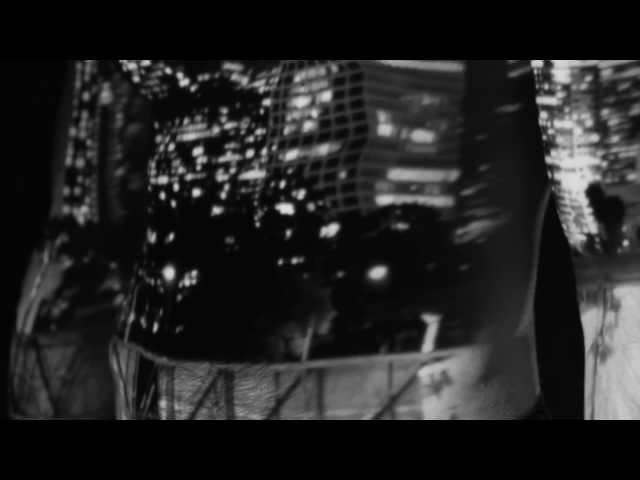 "Foto de ""The City"" de The 1975"