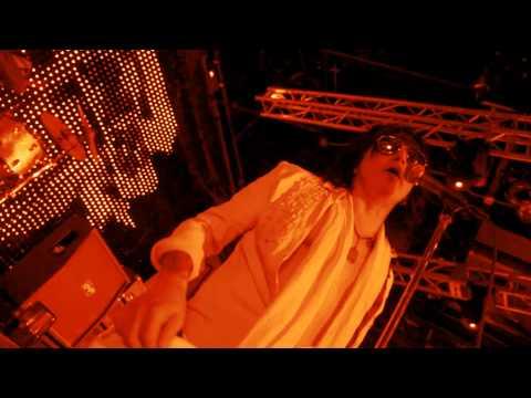 la-guns-arana-negra-official-video-cleopatra-records