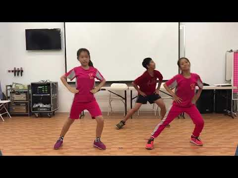 前峰國小自治市學生帶動跳 - YouTube