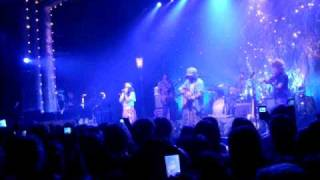Angus and Julia Stone - Big Jet Plane (live at the Tivoli 2010)