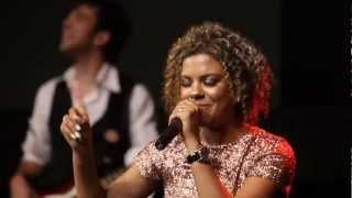 CD Glória e Honra - Nivea Soares OFICIAL