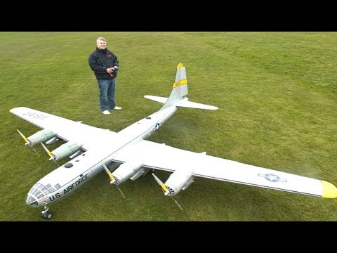Top 10 Biggest / Largest RC Airplanes In The World