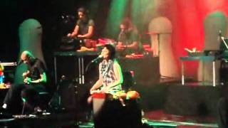 Pato Fu- Live and Let Die (SESC Santana-SP)