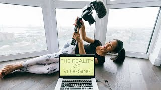 HOW TO VLOG - THE REALITY 😮 (not what you expect)