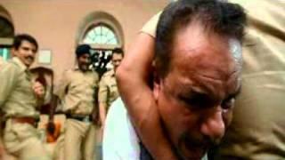 Singham - Kicking minister ass.DAT-.mpg