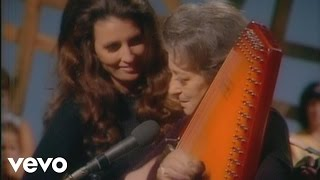 Johnny Cash - Introduction to the Carter Family (Live in Denmark)