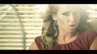 "AUREA - ""Scratch My Back"" - OFFICIAL MUSIC VIDEO"