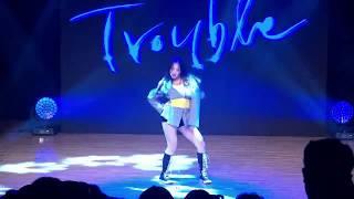 [아주스타 영상] '데뷔' 크리샤 츄, 타이틀곡 'Trouble' 무대 공개!…깜찍 카리스마