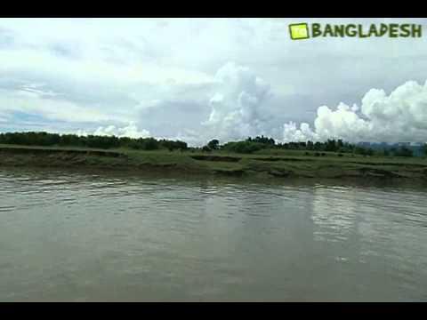 Bangladesh Sari river Sylhet near Indian border people Bangladesh tourism travel guide