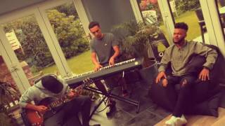 Frank Ocean Pink + White/Jazmine Sullivan Lions & Tigers & Bears cover by MiC LOWRY