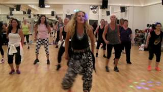 Sapes comme Jamais by Maitre Gims - zumba african style