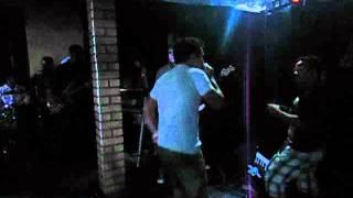 Nillo Oliveira Cantando no Aniversário de Ricardo Moura e Rafael Moura do ( KUARTO DE EMPREGADA )