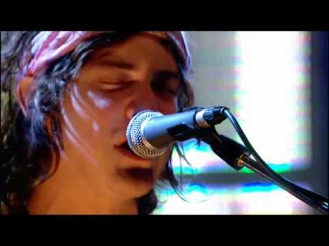 mgmt-pieces-of-what-live-jools-holland-2008-marco-sabatini