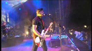 billy talent - fallen leaves (live  @ Area4 2010)