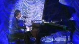 Arnaldo Baptista  ao vivo - 08/10/2004 (programa do Jô)