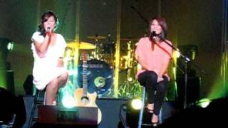 Jayesslee - Fly Me to the Moon (Live!)