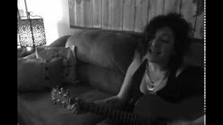 Scream (Acoustic Cover) - Michael Jackson/Janet Jackson by Linsea Waugh