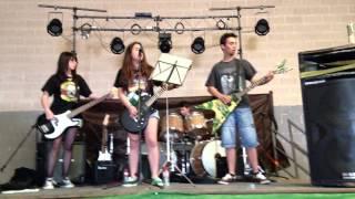 665 - cover los rockeros van al infierno (barón rojo)
