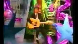 Fancy Bolero (music box studio clip)