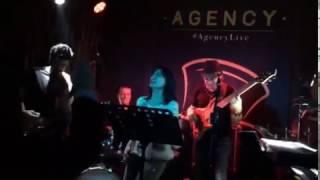 Senden Daha Güzel - Yıldız Tilbe (Rock Performans)
