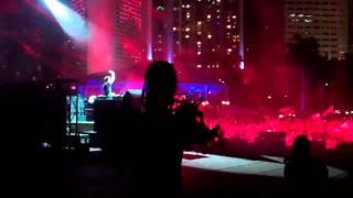 Hardwell @ Ultra Music Festival *3.30.2014*  (Alesso/Calvin Harris - Under Control)