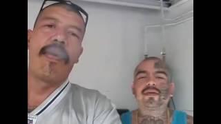 Mr Yosie Lokote con Spanky Stomper Tatto