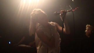 AURORA // In Boxes (Live @ Paris) 24.10.16
