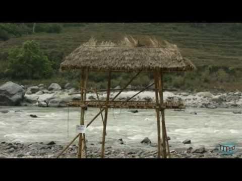 Nepal-2012-April-Rafting.mpg