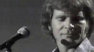 "JOHN FOGERTY-""ROCK AND ROLL GIRLS""(LYRICS)"
