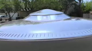 UFO Landing Exclusive - Flying Saucer Lands in Las Vegas Neighborhood