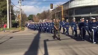 20160525 Cadetes marchando por la ciudad