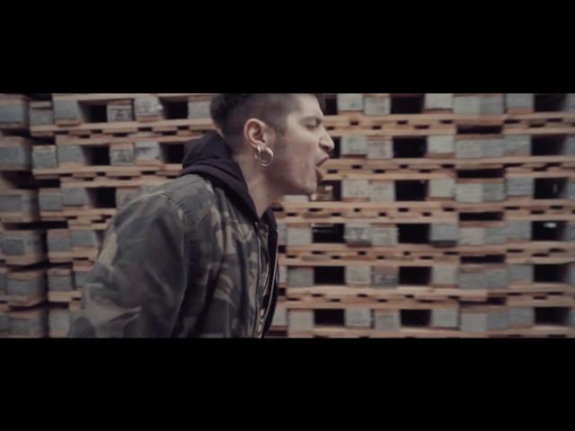 Videoclip de ''Tu peor enemigo'', de El Chico Amperio.