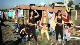 Ramona Hanganu (comedis)-Imnul sfarsitului crizei (oficial video)