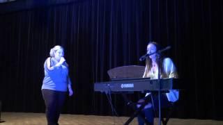 Léa castel chante tu verras, tu verras avec Lucille - Finale du concours magiquevoice