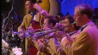 Glenn Miller Orchestra - American Patrol.mpg