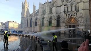 Gilets jaunes à Bordeaux : quelques débordements sur la place Pey-Berland