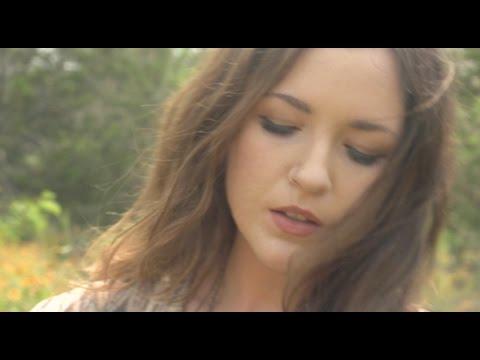 lauren-shera-light-dust-official-music-video-digsin