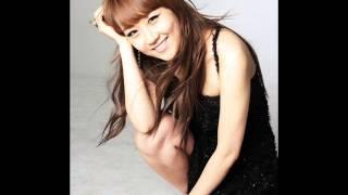 Jang Yoon Jung (장윤정) - 섬마을 선생님 (Live)
