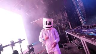 Marshmello - Propaganda x Throwin' elbows [Live]